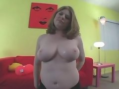 Hot plump chick takes dick in mouth