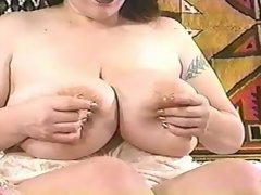 Kinky babe drinks own breast milk