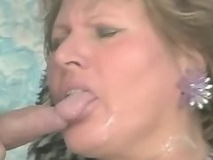 Plump chick gets dick in fat ass